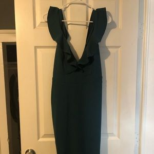 NWT green long dress! 👗